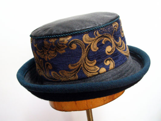 a wool rimmed tapestry woman's hat