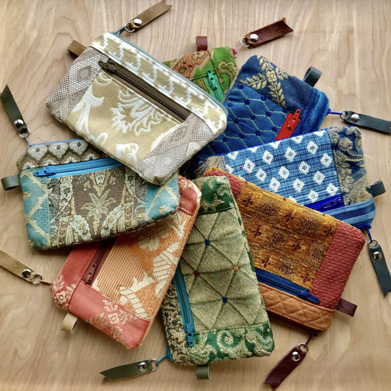 8 zipper wallet purses made in tapestry